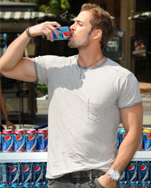 Pepsi NEXT Promotes Two New Flavors with a Celeb