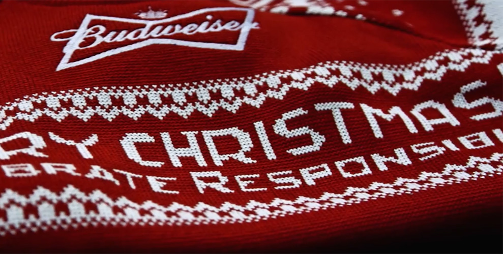 knit your very own christmas sweater with tweets