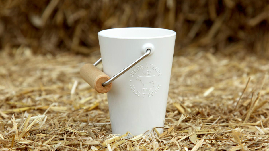 "Milk Dispenser ""Vache à Lait"" Brings a Farm-to-Table Experience to Your Home"